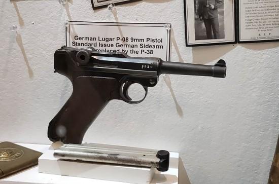 Luger P-08 9mm!