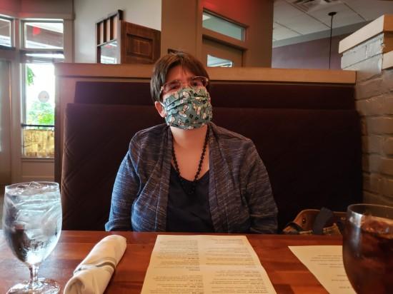 masked diner!
