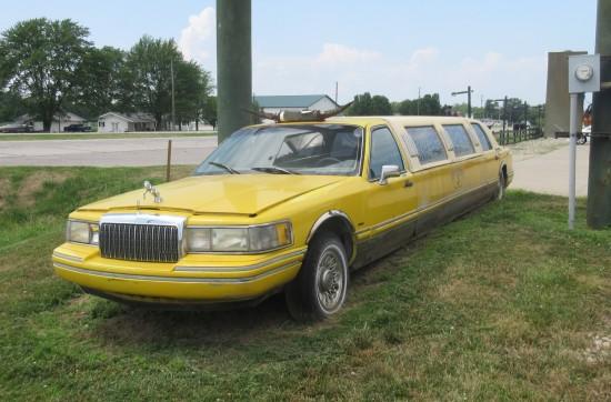 yellow limo!