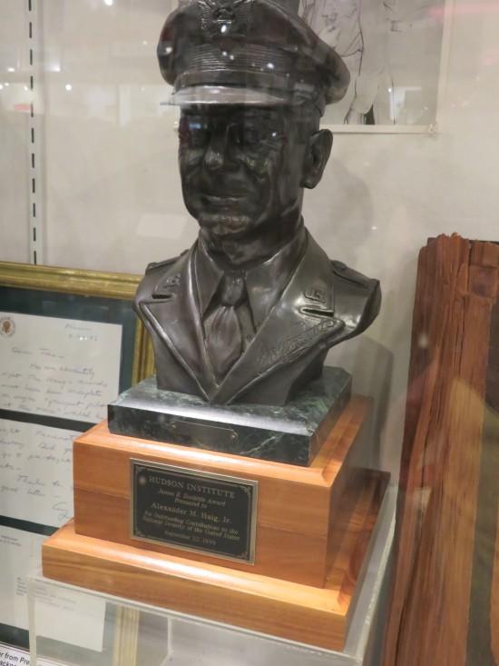 Alexander Haig bust!