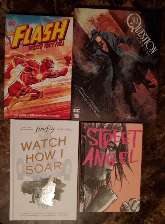 4 random graphic novels.