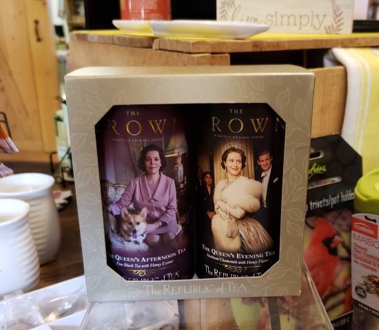The Crown tea set!