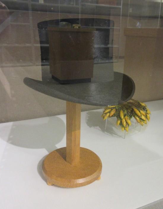 silk top hat.