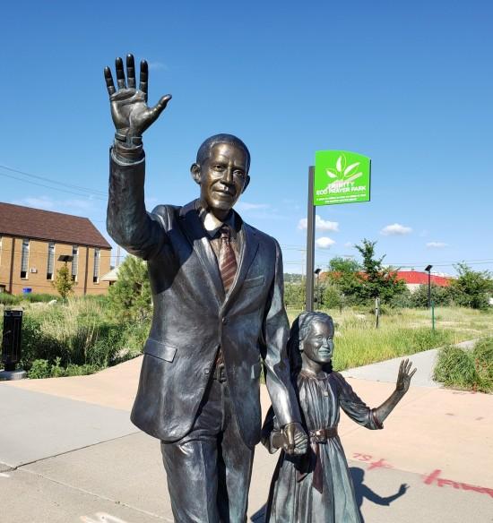President Obama statue!