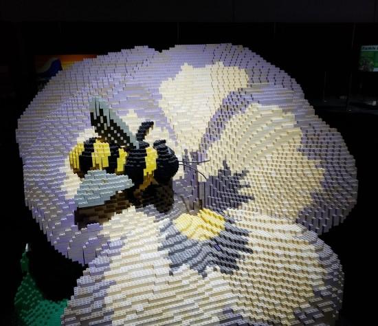 Lego bee!