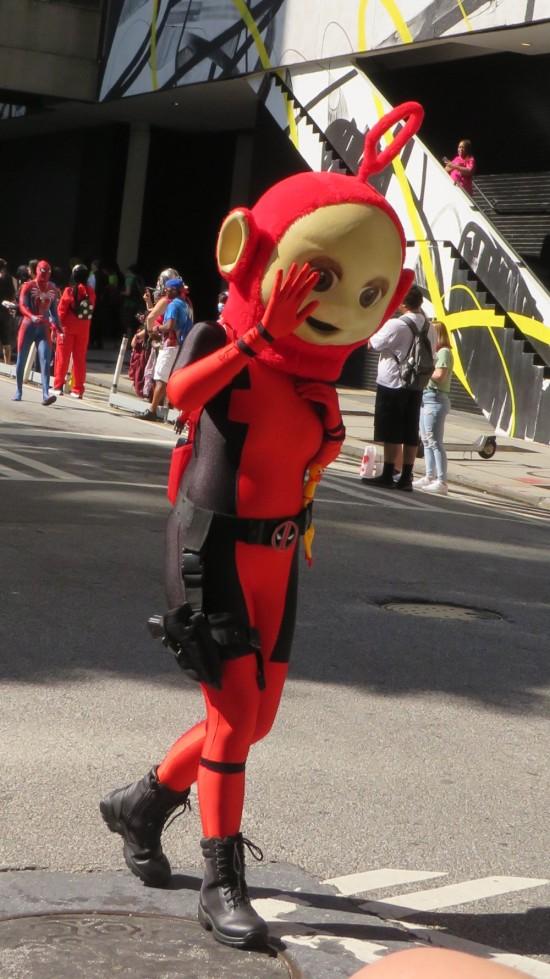 DeadPo cosplay!