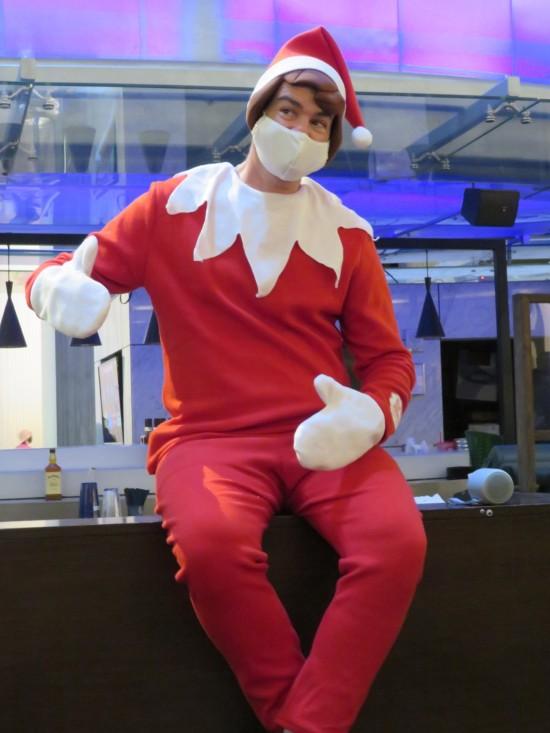 Elf on the Shelf cosplay!