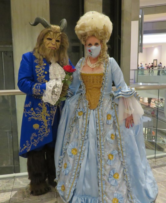 Marie Antoinette and the Beast cosplay!