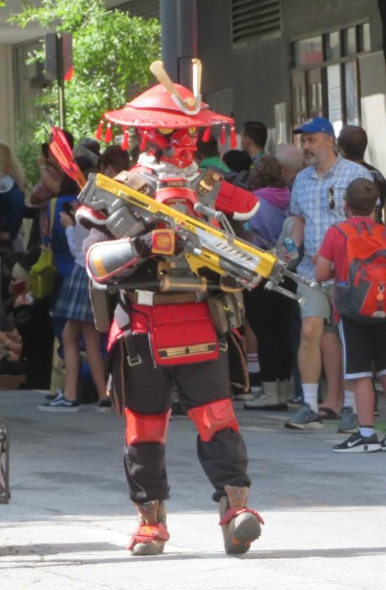 red armored samurai cosplay!