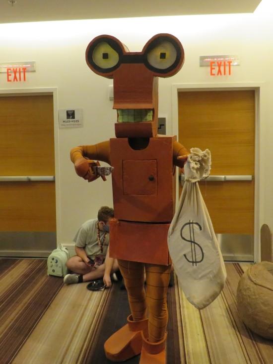 Roberto robot cosplay!